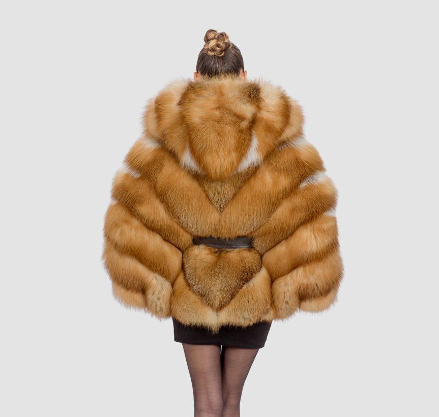 Fox Fur Capre Back