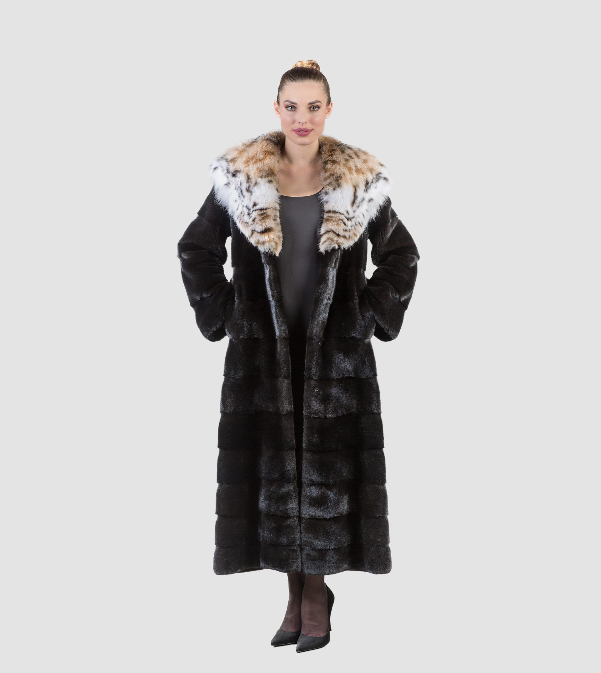 Blackglama Mink Fur Coat With Lynx Hood - Real Fur Coats , Vests ...