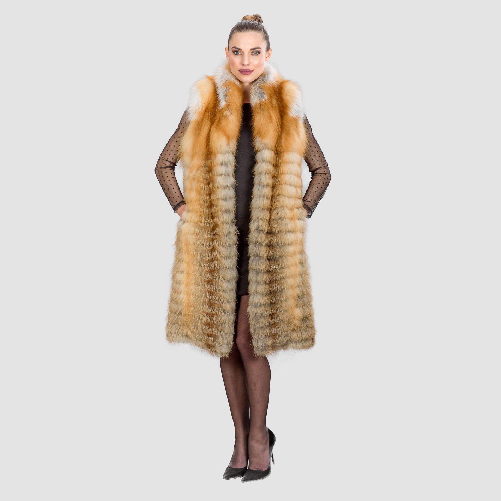 Red Fox-Brown Fur Vest. 100% Real Fur Coats and Accessories.