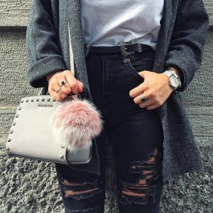 220b3a9015b44 10 Times We Were Proud For Our Pom Pom Fur Bag Charms!