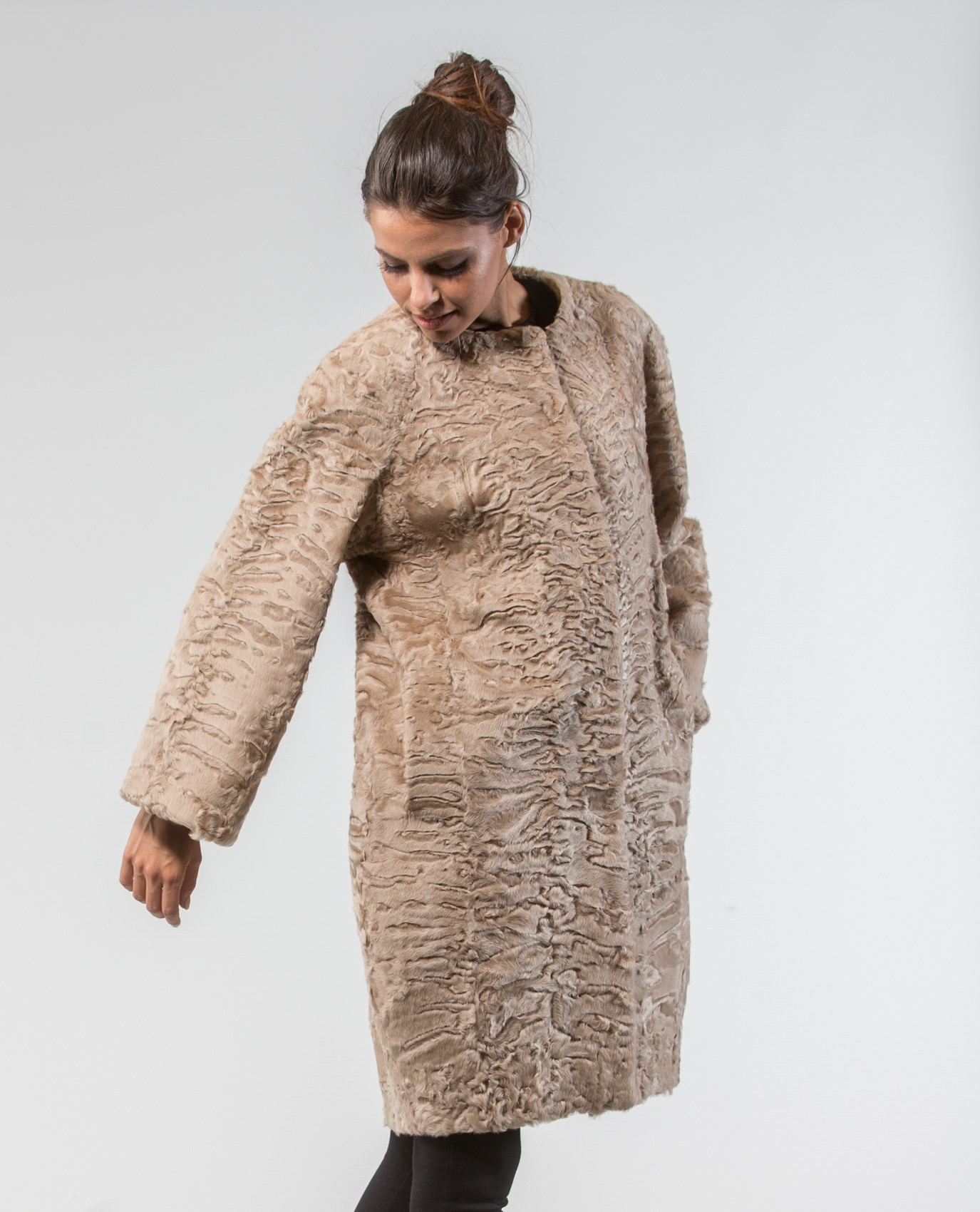 Find great deals on eBay for beige faux fur jacket. Shop with confidence. Skip to main content. eBay: New Listing Women's Medium Scorpio Coat Jacket Faux Fur Beige Tan - Good Condition Warm. Pre-Owned. $ or Best Offer. Free Shipping. Women's Brown / Beige Animal Print Faux Fur Coat Jacket Sz M / L. Pre-Owned.