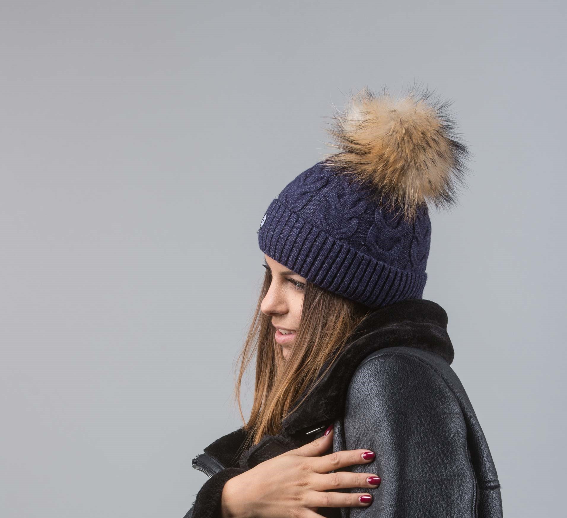 Dark Blue Beanie With Raccoon Pom Pom I 100% Real Fur 1eeefa35271