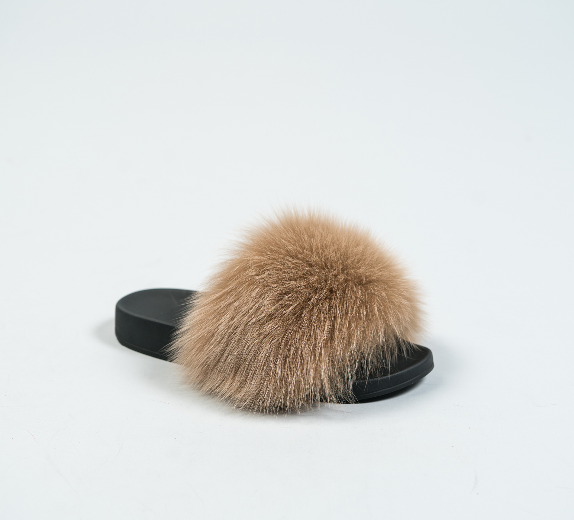 acorn fox fur slides made of 100 real fur all sizes available