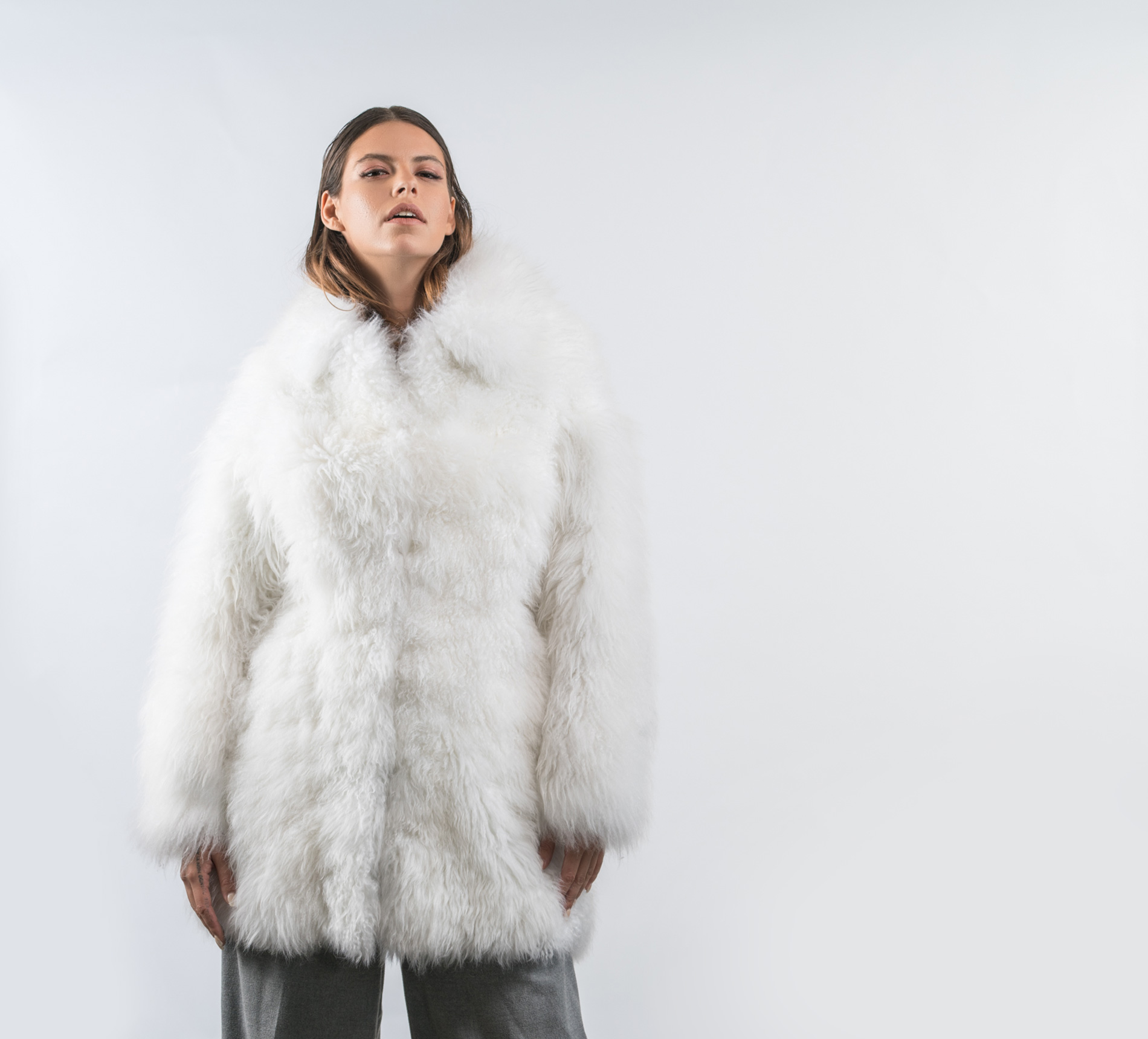 6e3e4973919 White Shearling Coat - 100% Real Fur - Haute Acorn